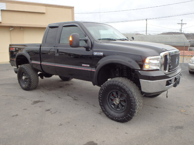 2005 FORD F250 LIFTED BLACK