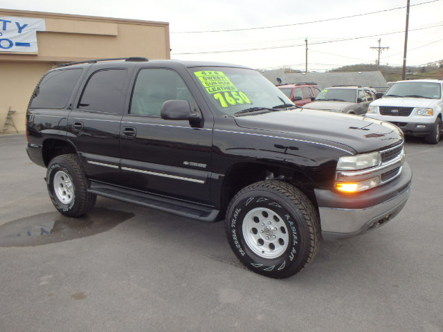 2001 CHEVY TAHOE BLACK