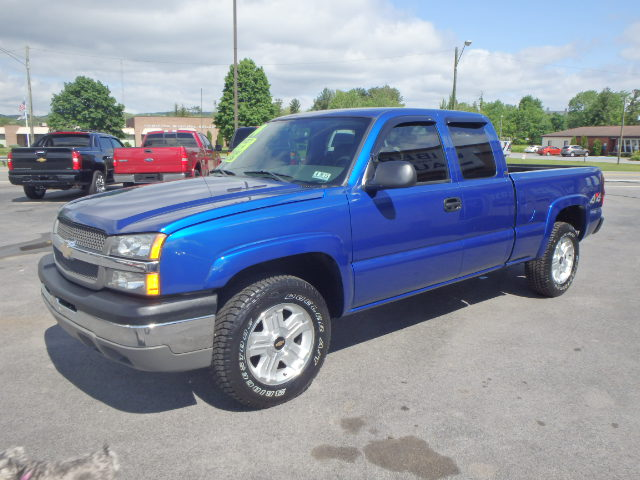 2004 CHEVY SILVERADO 1500 BLUE