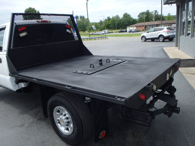2001 CHEVY  2500 FLATBED