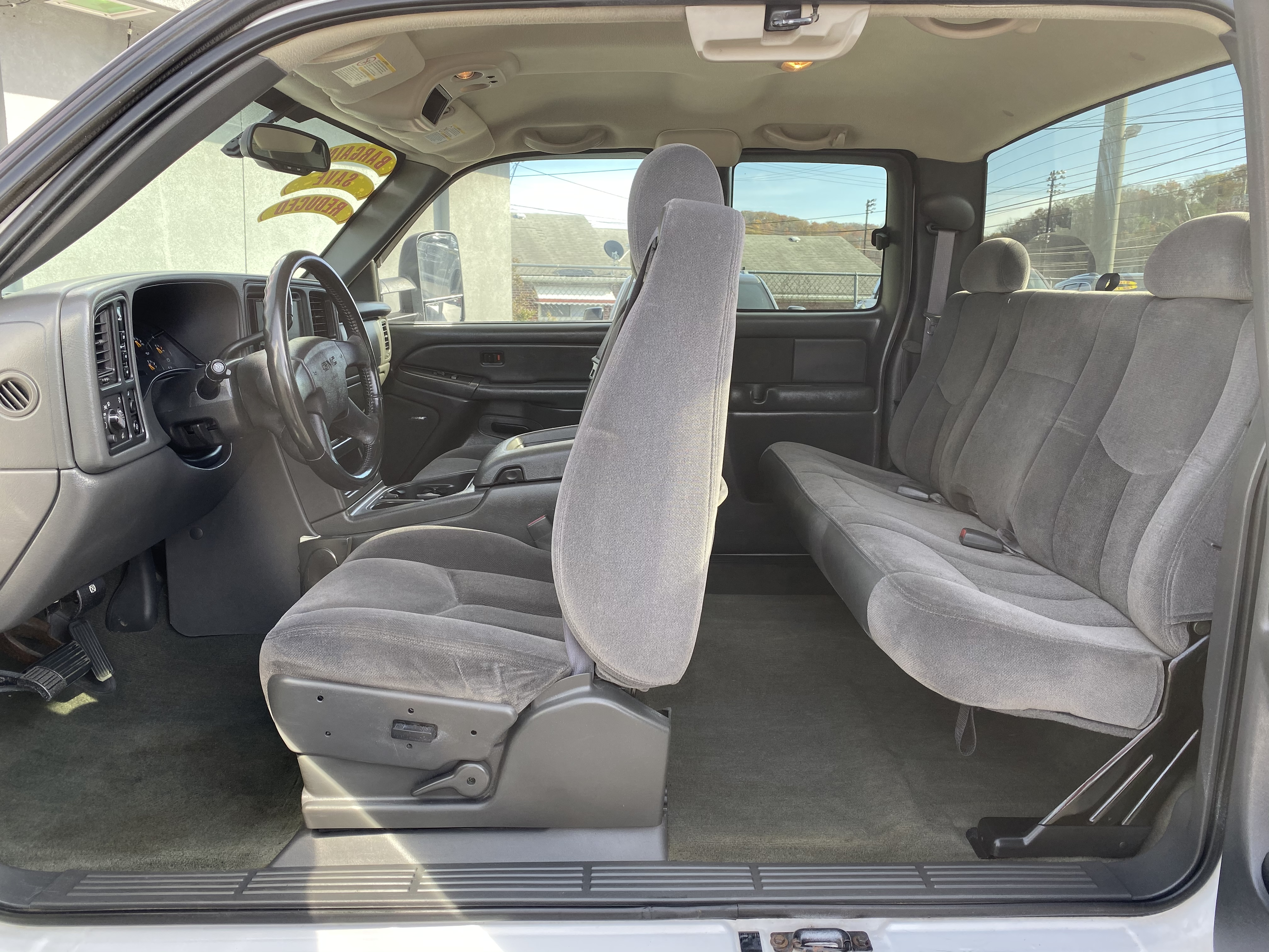 2004 GMC SIERRA 2500
