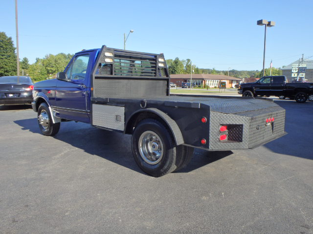 1995 FORD F350 FLATBED