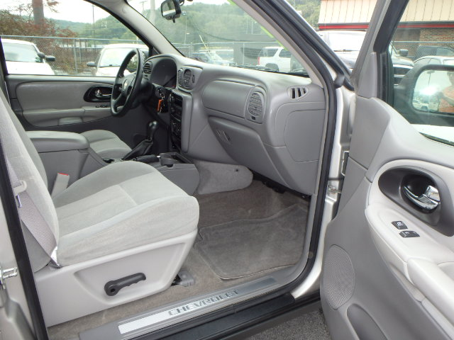 2005 CHEVY TRAILBLAZER
